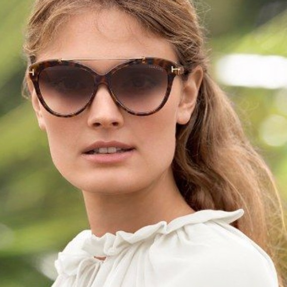 665d7b684cfb Tom Ford Livia Sunglasses. M 5b35e7166a0bb793dc7e8cb6